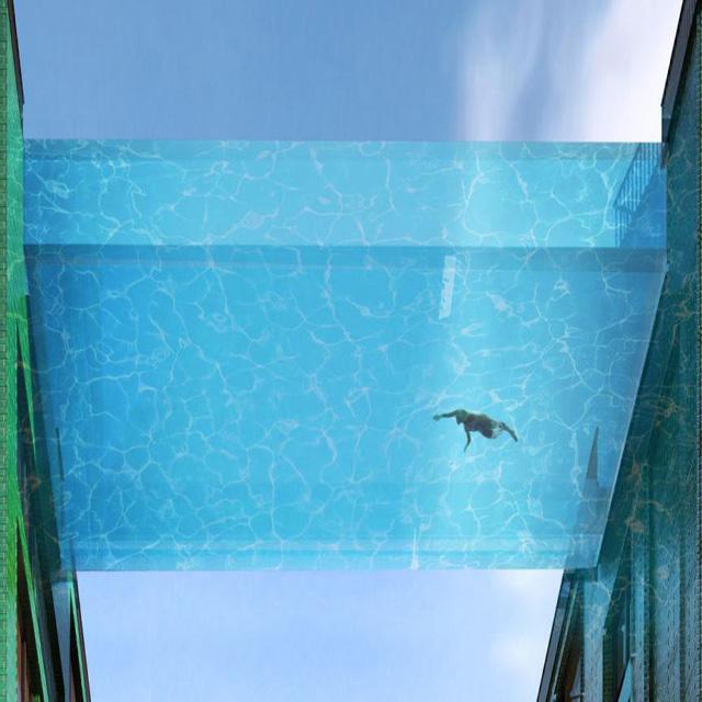حوض سباحة أكريليك ضد الإصفرار